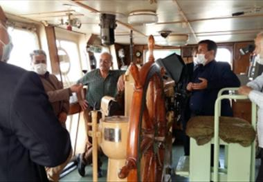 Senior managers of Agricultural Research, Education and Extension Organization visit Gilan Research Ship